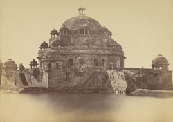 General view of Sher Shah Suri's Tomb, Sasaram.